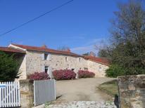 Ferienhaus 968767 für 6 Personen in Saint-Laurent-de-la-Salle