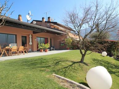 Semesterhus 968839 för 7 personer i Spinone al Lago