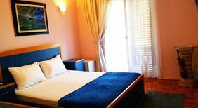 Ferienwohnung 970597 für 2 Personen in Budva