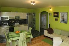 Ferienwohnung 970837 für 6 Personen in Podstrana
