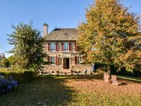 Vakantiehuis 975659 voor 6 personen in Senézergues