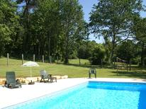 Holiday home 975787 for 10 persons in Blanquefort-sur-Briolance