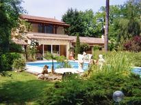 Ferienhaus 975845 für 8 Personen in Lamonzie-Montastruc