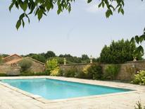 Holiday home 976099 for 10 persons in Lencloître