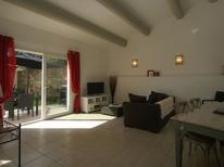 Casa de vacaciones 976399 para 4 personas en Piolenc