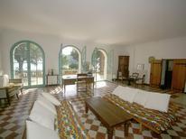 Ferienhaus 976400 für 15 Personen in Rayol-Canadel-sur-Mer
