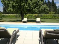 Vakantiehuis 976411 voor 8 personen in Sorgues