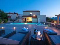 Casa de vacaciones 976508 para 6 personas en Ugljane