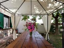 Appartement 976869 voor 6 personen in Foiano della Chiana