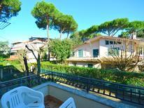 Appartement 976889 voor 6 personen in Marina Di Massa