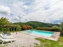 Ferienhaus 976903 für 7 Personen in Pescia