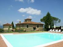 Ferienwohnung 976910 für 3 Personen in San Donato Fronzano