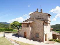 Ferienwohnung 977023 für 4 Personen in Corciano