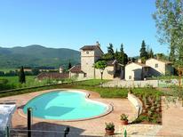 Ferienwohnung 977094 für 8 Personen in Corciano
