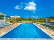 Casa de vacaciones 977544 para 7 personas en Posedarje