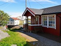 Holiday home 981693 for 3 persons in Henningsvær