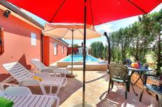 Ferienhaus 982066 für 8 Personen in Buje