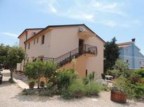 Holiday apartment 982371 for 2 adults + 2 children in Brzac