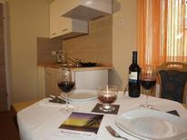 Holiday apartment 982429 for 4 persons in Poreč