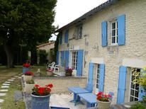 Ferienhaus 982942 für 16 Personen in Lusignac