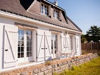 Holiday home 983061 for 7 persons in Carnac