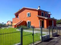 Holiday apartment 983773 for 2 persons in Grotte di Castro
