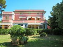 Ferienwohnung 983908 für 6 Personen in Castiglioncello