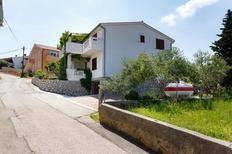 Ferienwohnung 984573 für 2 Personen in Vrbnik