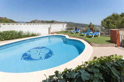 Villa 985459 per 9 persone in Ador