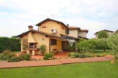 Villa 985748 per 4 persone in Pietrasanta