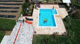 Ferienhaus 986791 für 6 Erwachsene + 2 Kinder in Naklice