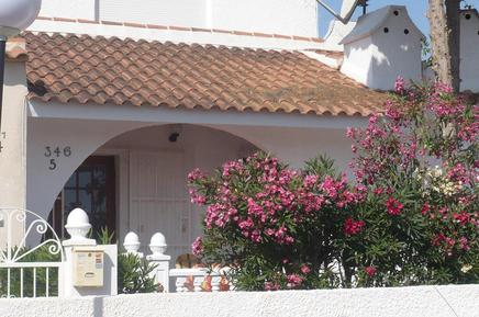 Holiday home 992436 for 4 adults + 2 children in Urbanización Blue Lagoon