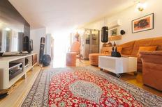 Apartamento 992506 para 1 adulto + 5 niños en Makarska